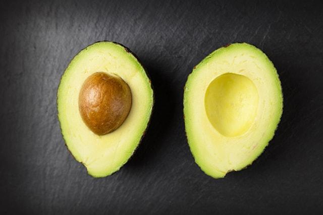 ripe avocado for Paleo avocado chocolate pudding