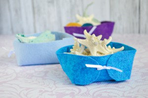 DIY Folding Felt Bins/Mini Desk Organizers Tutorial