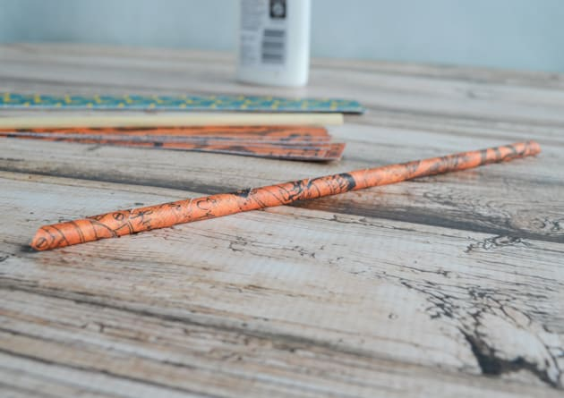 rolled paper straw