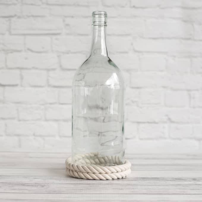 rope-glued-to-bottle