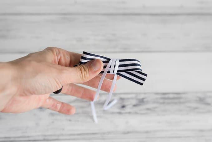 wrap-the-narrower-ribbon-around