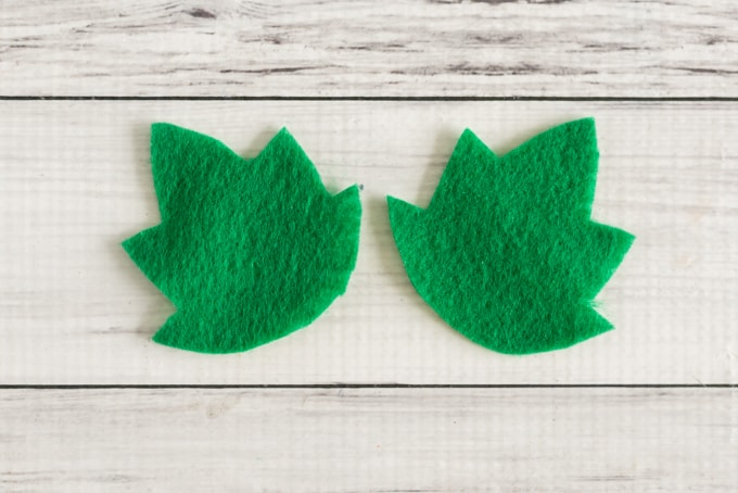 felt-pumpkin-leaves