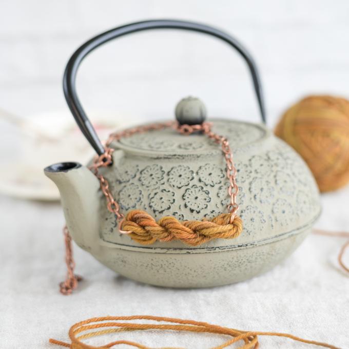 diy mini yarn skein necklace
