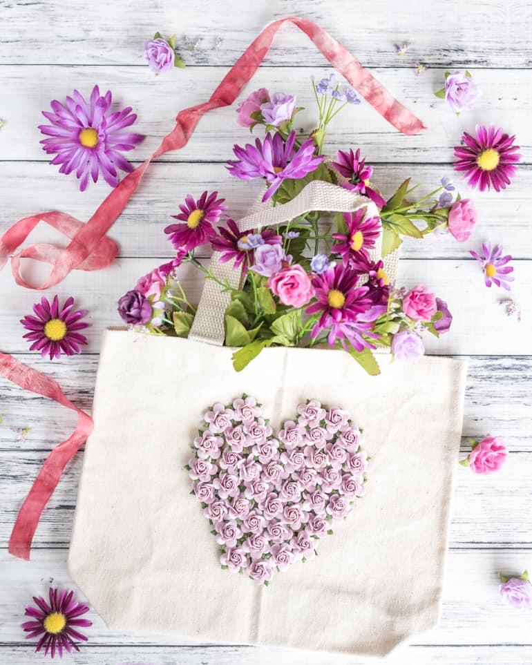 easy embellished floral tote bag tutorial